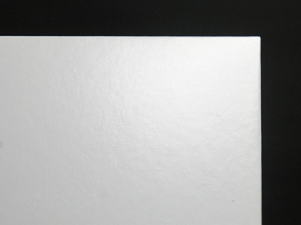 CDプレス|紙質:コート紙(グロスニス)